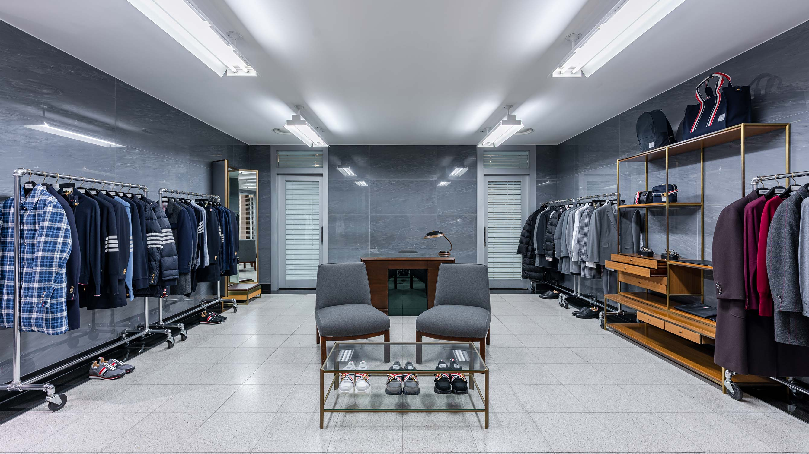 THOM BROWNE - SEOUL GALLERIA LUXURY HALL